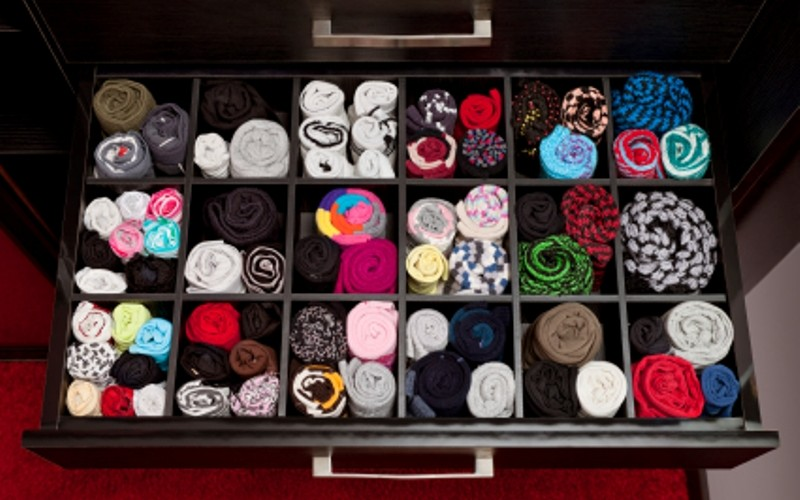 Declutter And Organize Your Drawers