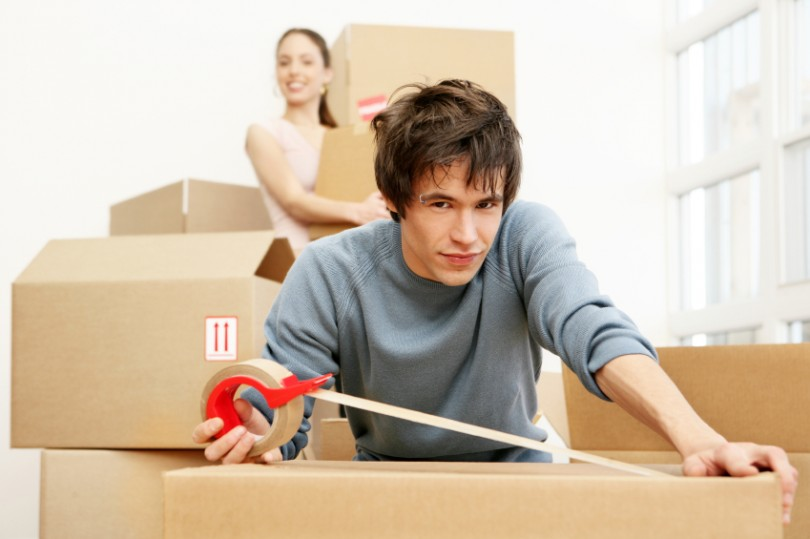 what items to pack together when moving