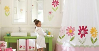 Organize_kids_bathroom