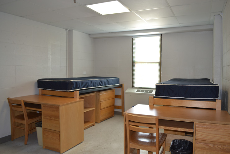 College Dorm Rooms: Problems and Solutions - Get Stor-ganized