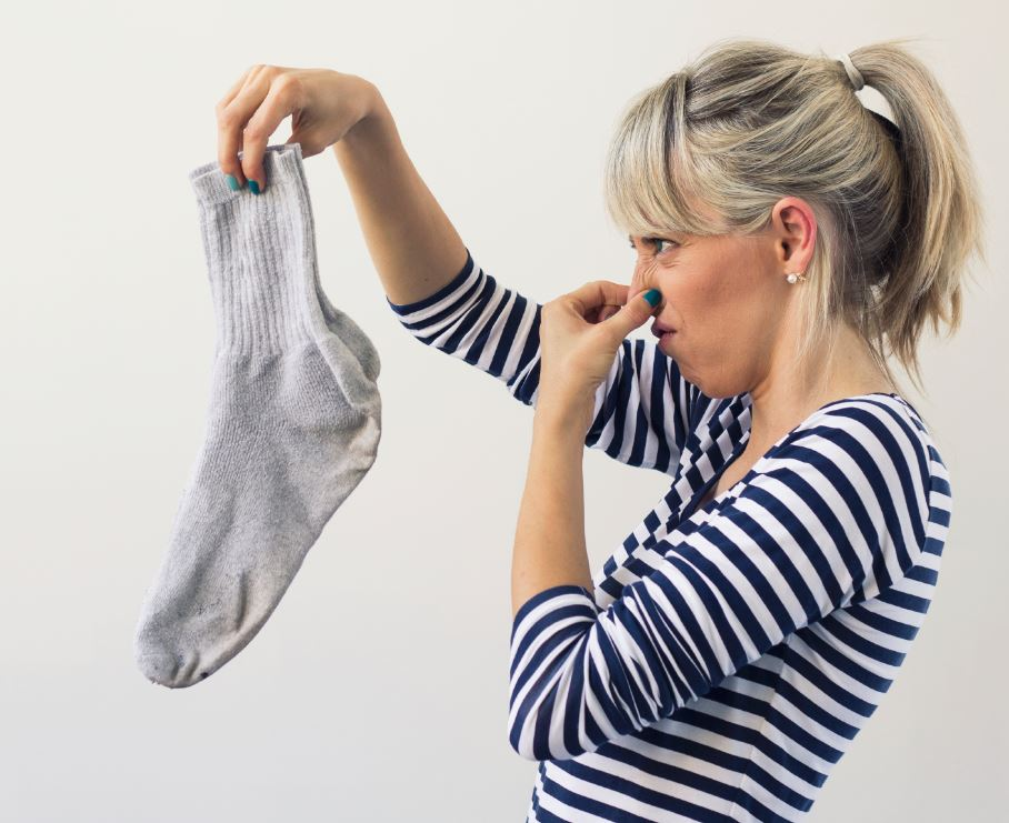 declutter laundry