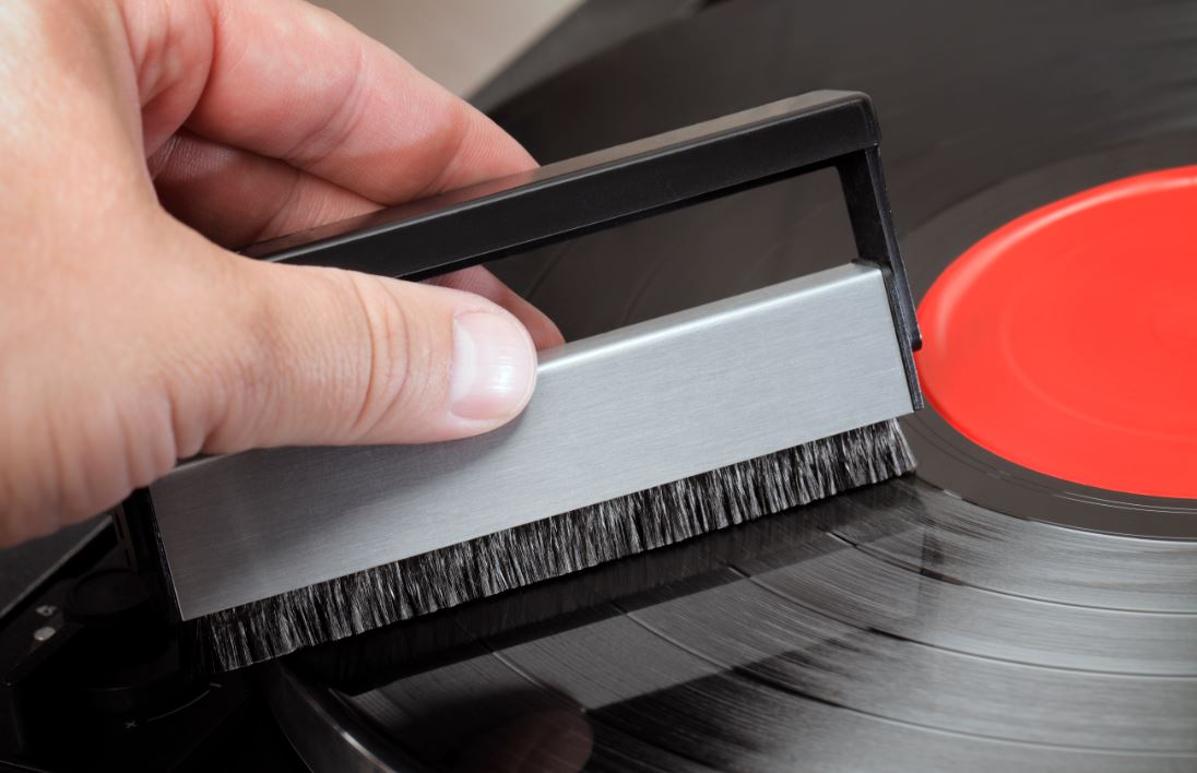 vinyl record storage cleaning and maintenance