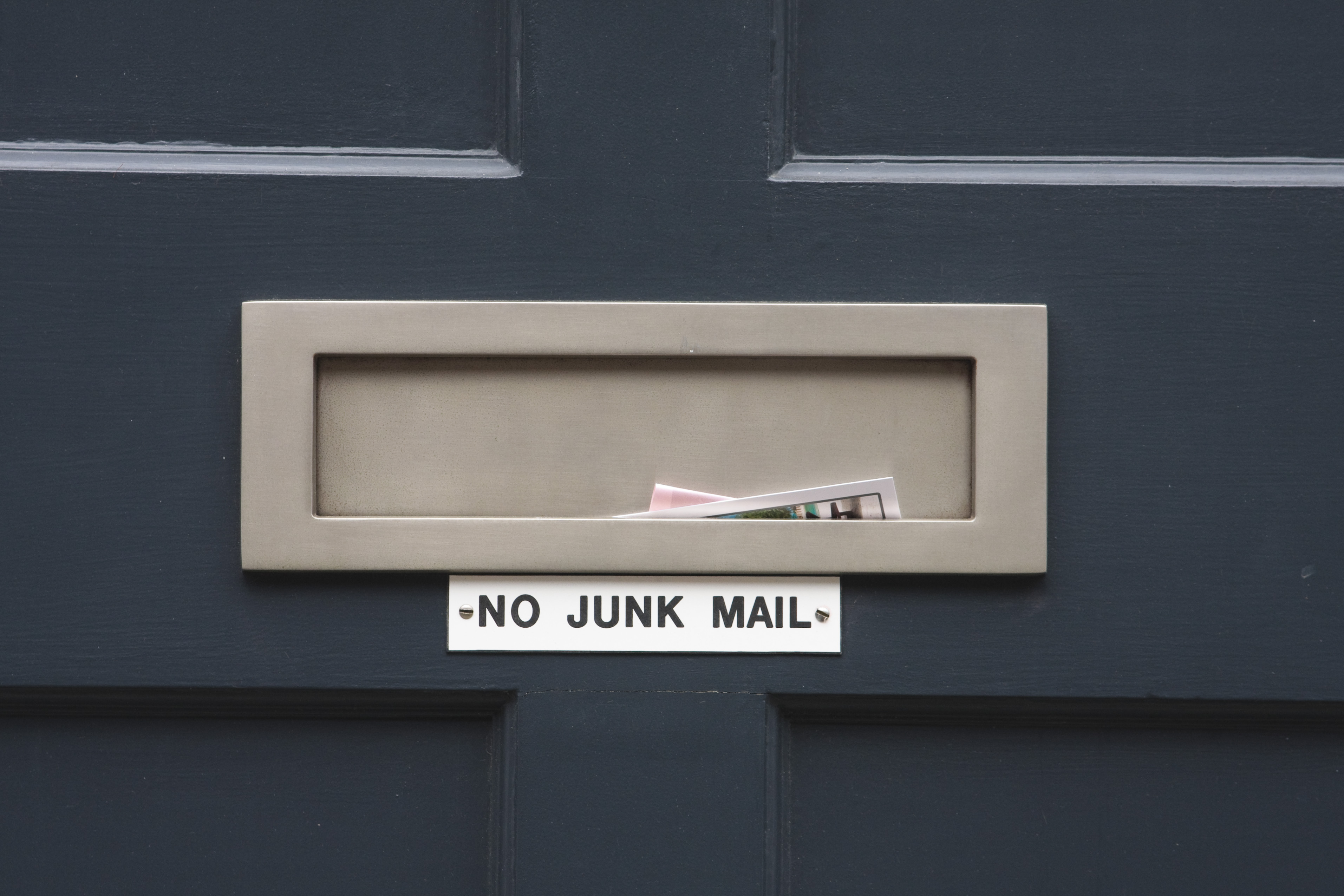 Stop Junk Mail in its Tracks