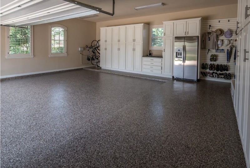 Garage makeover ideas for water-resistant epoxy floors