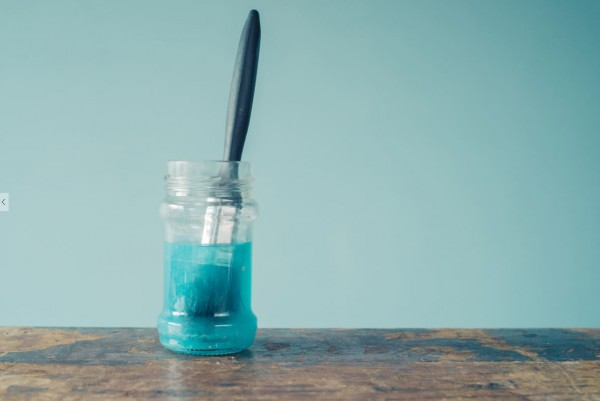 home painting ideas: soak brush in vinegar