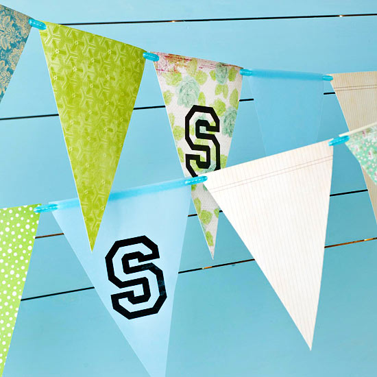 Backyard Graduation Party Ideas: homemade school pennants