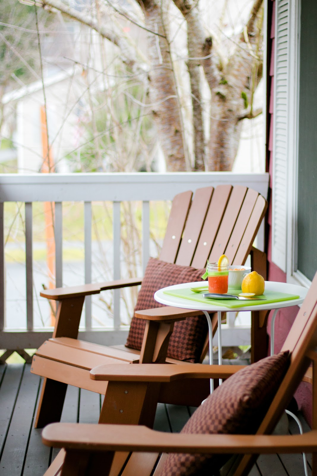 How to add curb appeal: porch furniture