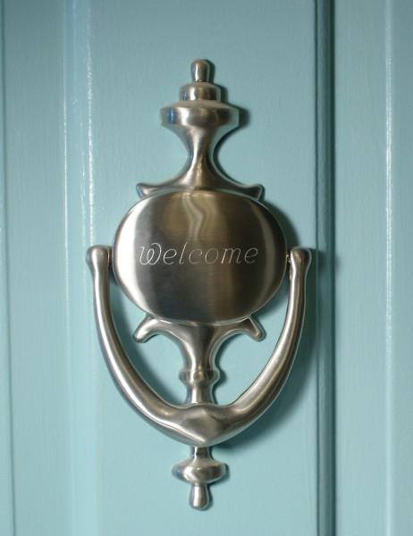 how to add curb appeal: door knocker