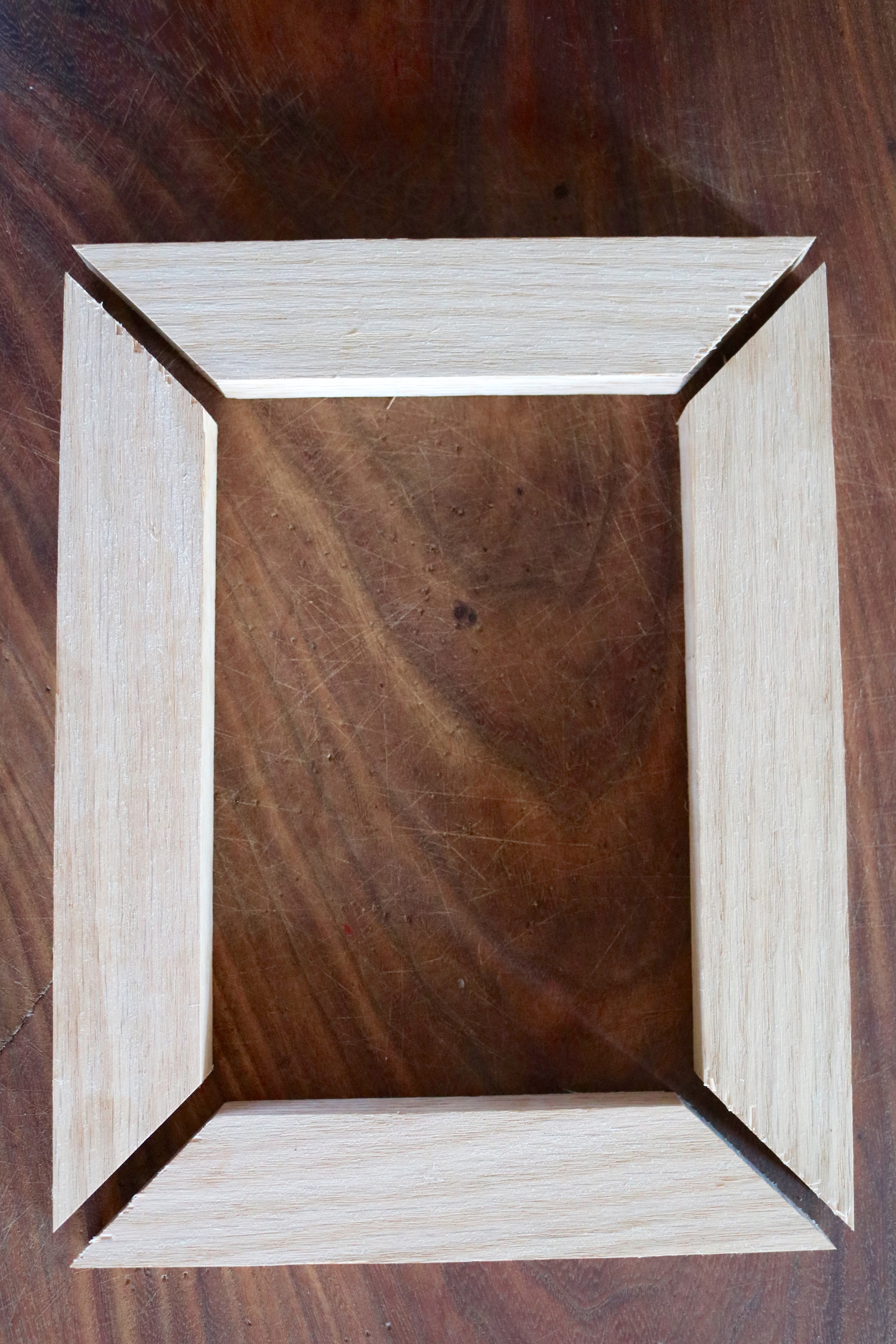 how to make the wood frame - Diy Wooden Picture Frames