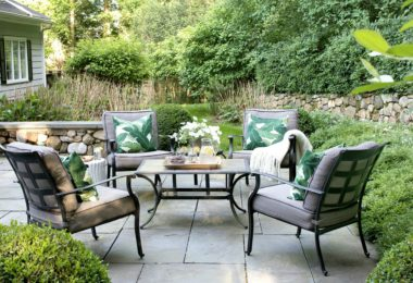 Sharing six summer essentials used to freshen up this outdoor living space