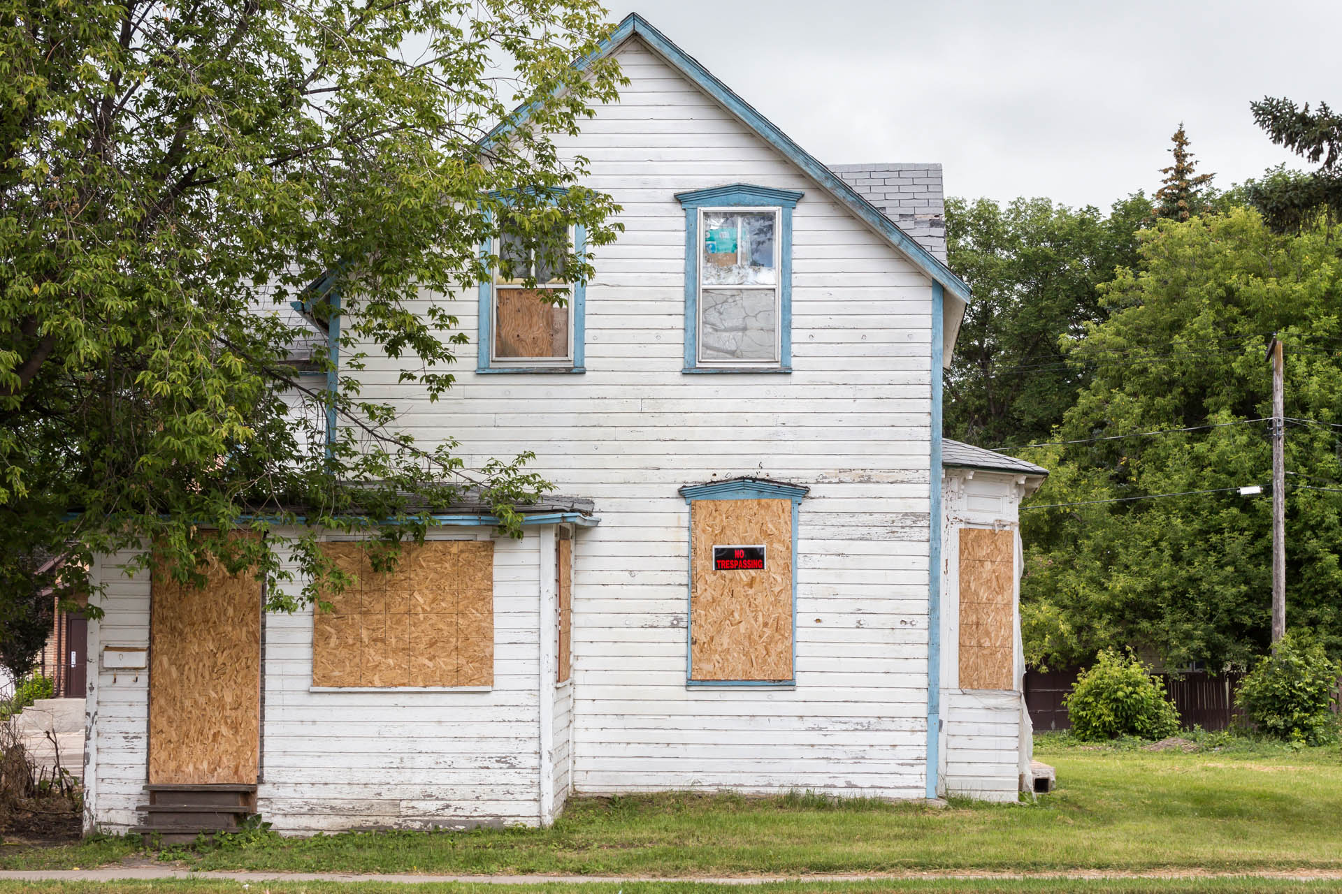 5 Surprisingly Quick Fixes If You Want To Buy A Fixer Upper Interiors Inside Ideas Interiors design about Everything [magnanprojects.com]