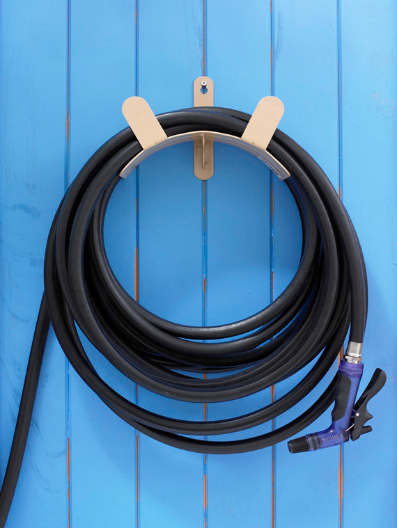 how to organize a shed: Hose and Cord Organizers