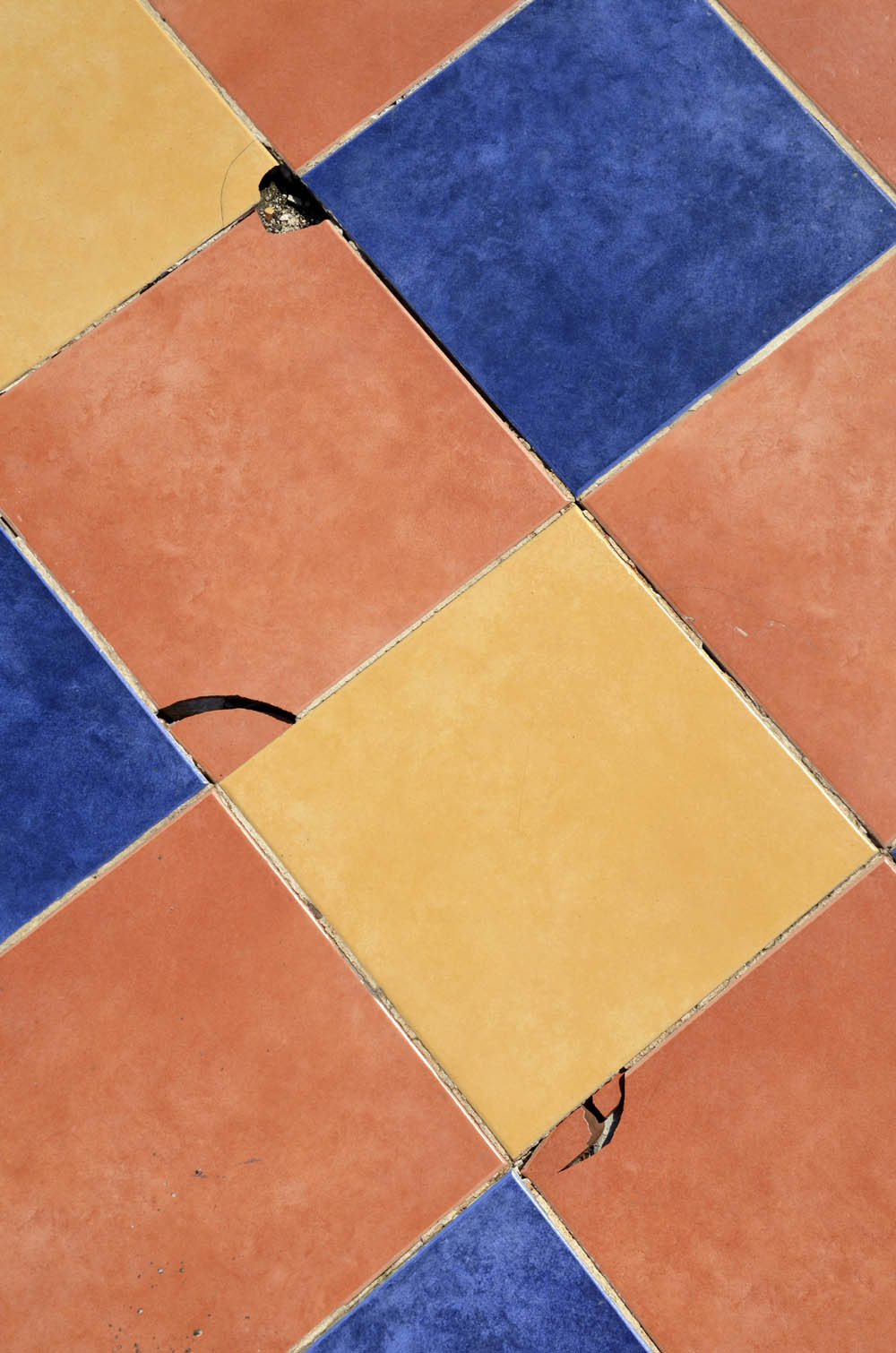 How to Fix Old Tile in a Fixer Upper