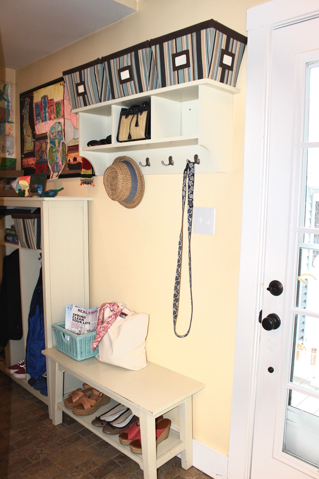 Tips on How to Organize Your Mudroom and Entryway