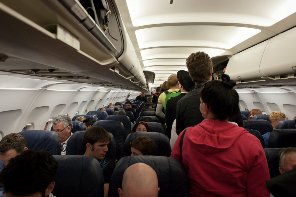 red eye flights during weekend travel
