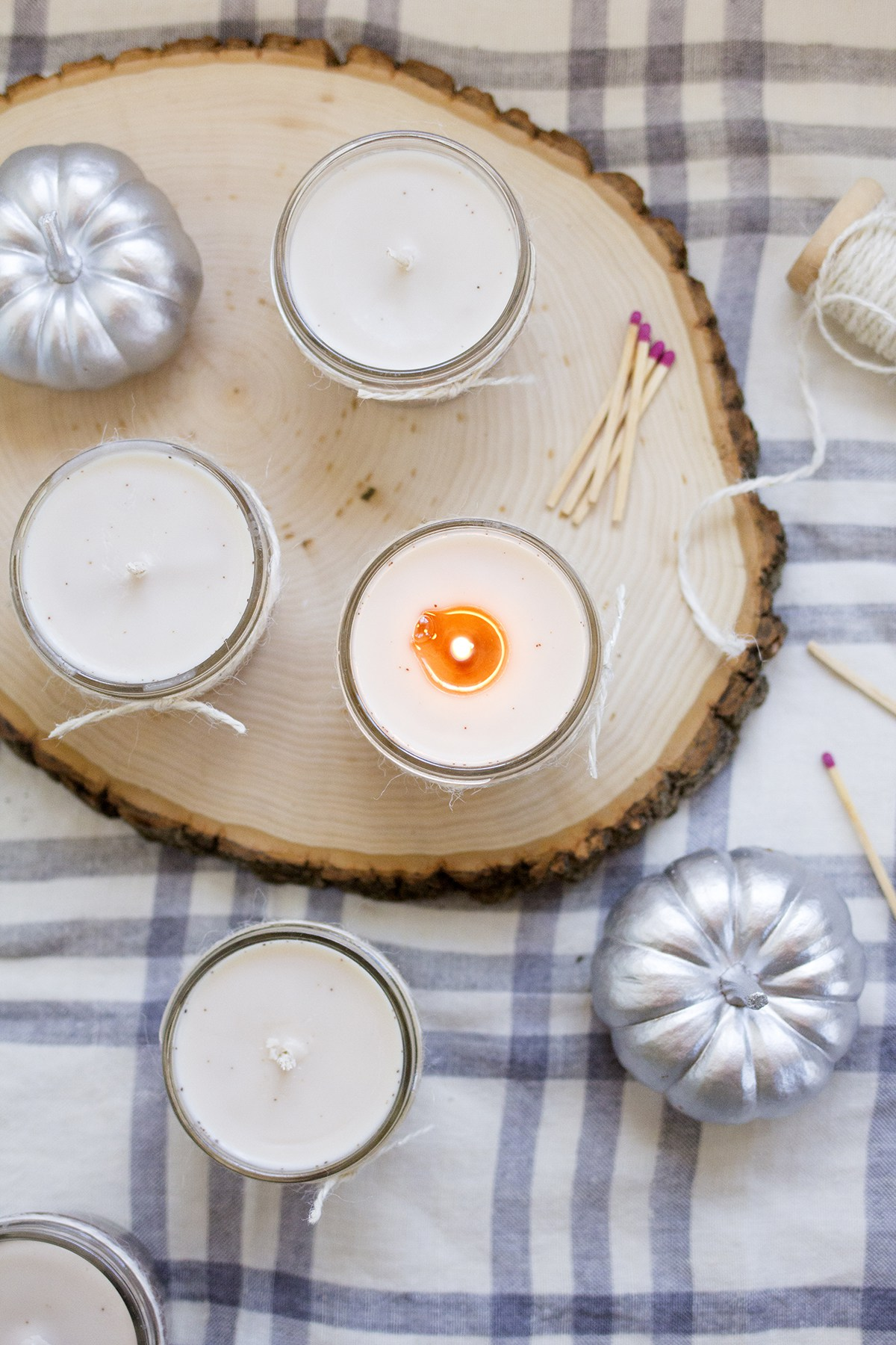 Fall Decoration Ideas - DIY Pumpkin Spice Fall Candle