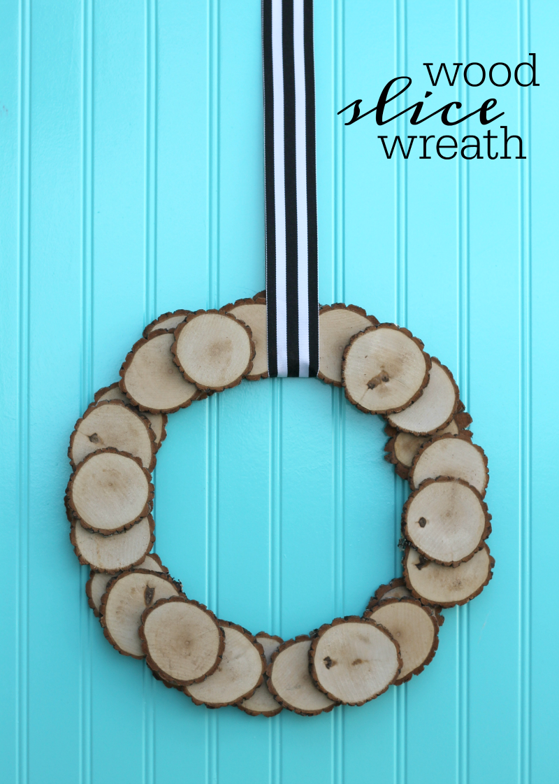 how to make a wood slice wreath