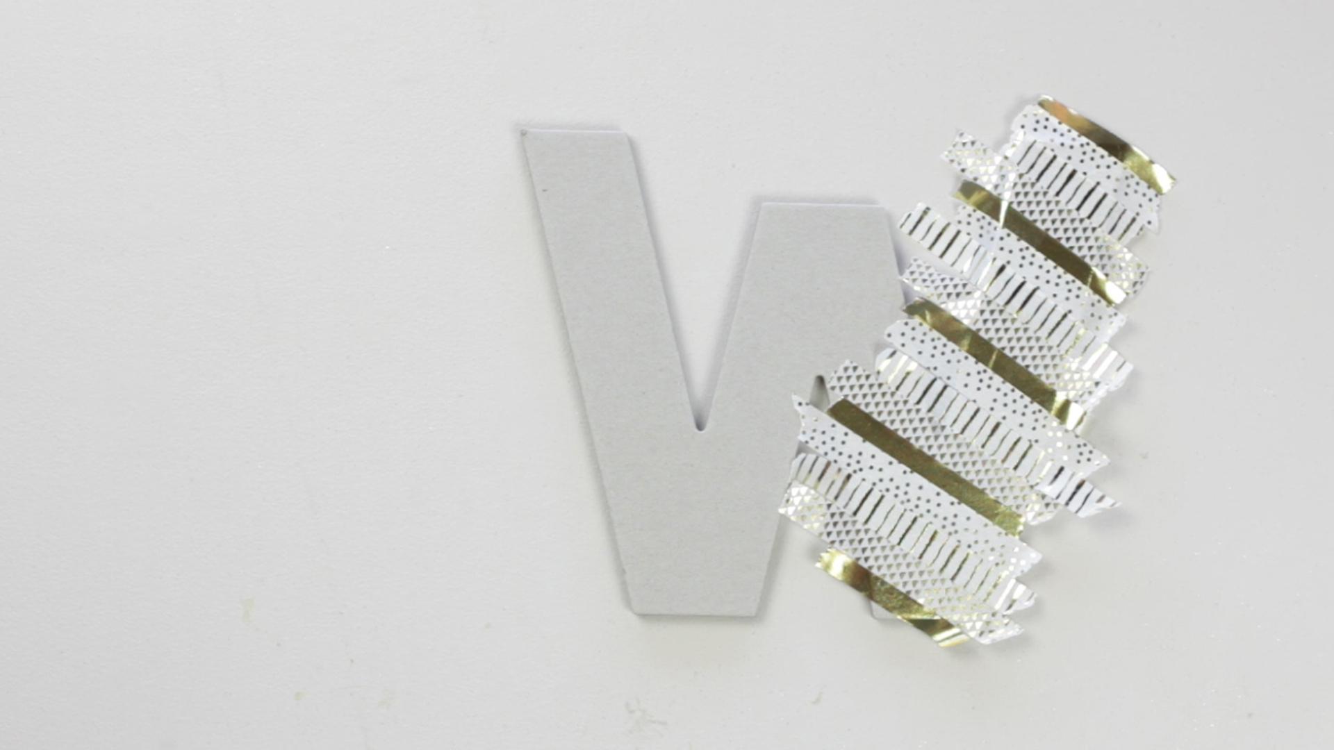 diy-washi-tape-monogram-letter-2