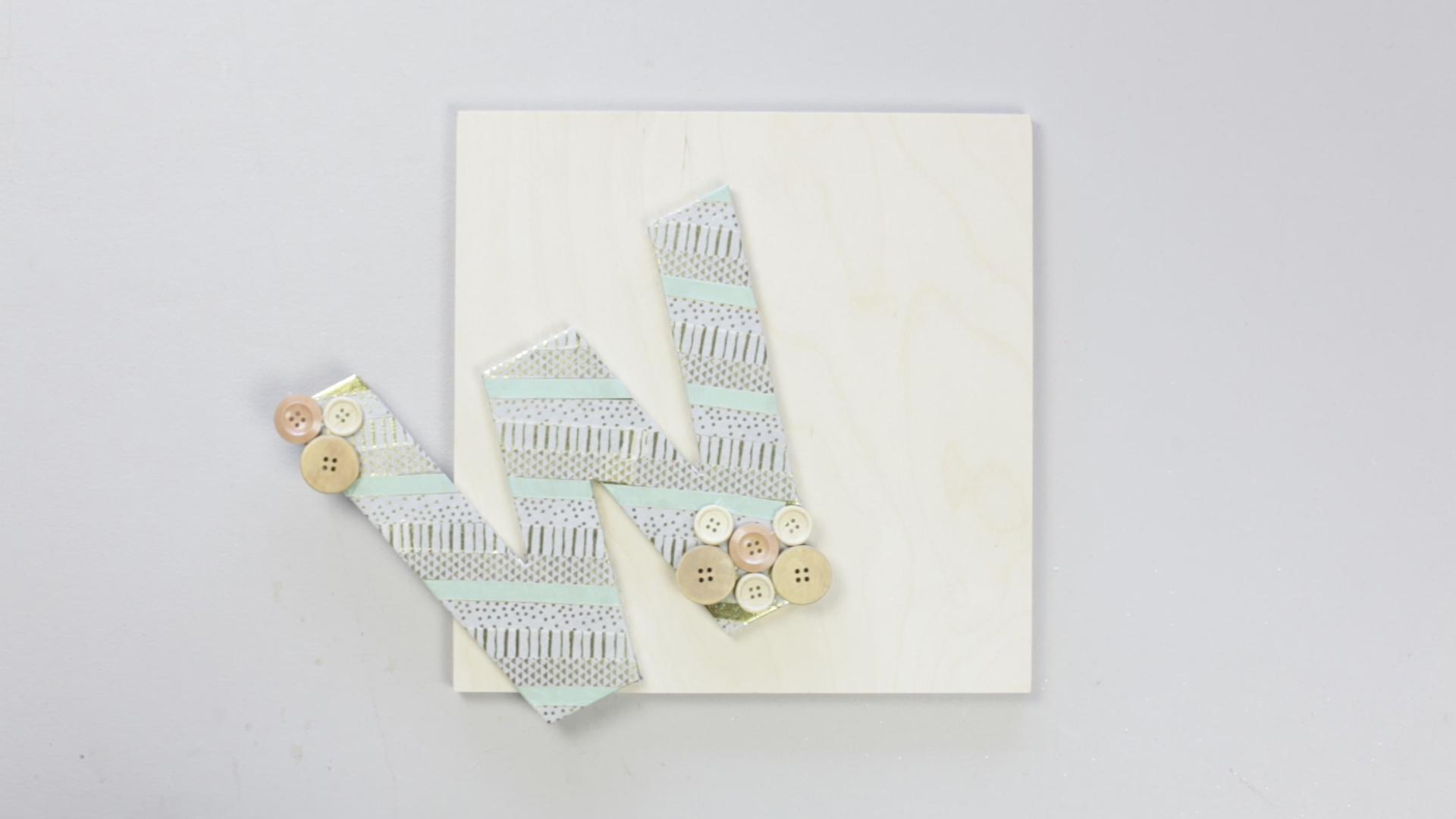 diy-washi-tape-monogram-letter-mount-wood