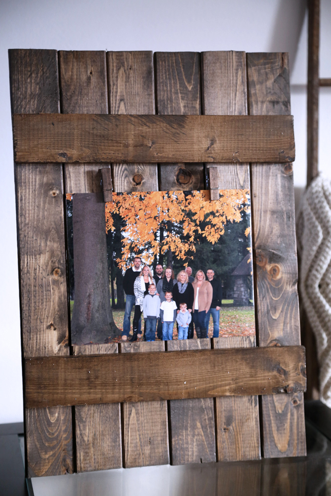 step 6 glue on clothespins - Diy Rustic Picture Frame