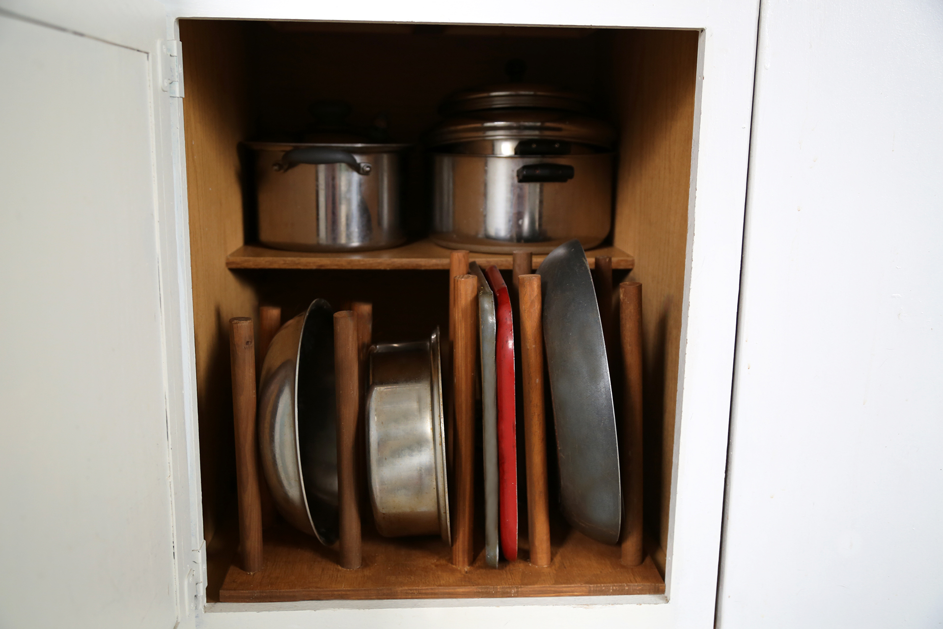 How to Make Your Own Kitchen Cupboard Organizer