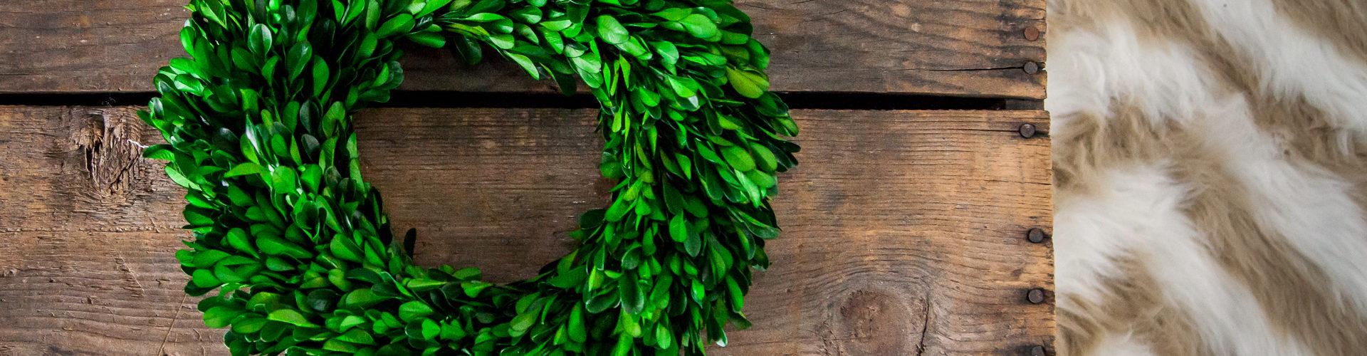 DIY Wreath Storage