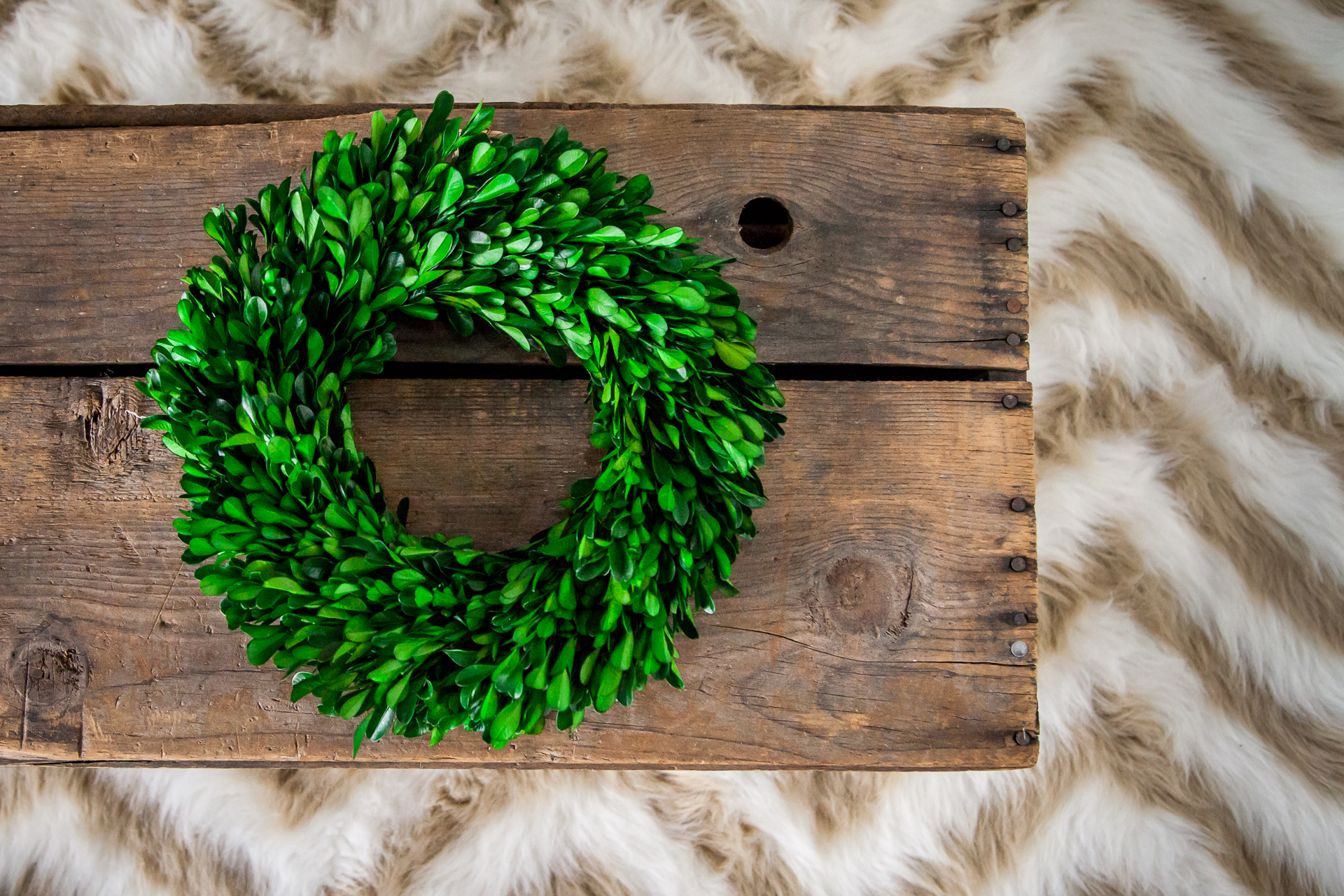 Easy and Inexpensive Wreath Storage Solution