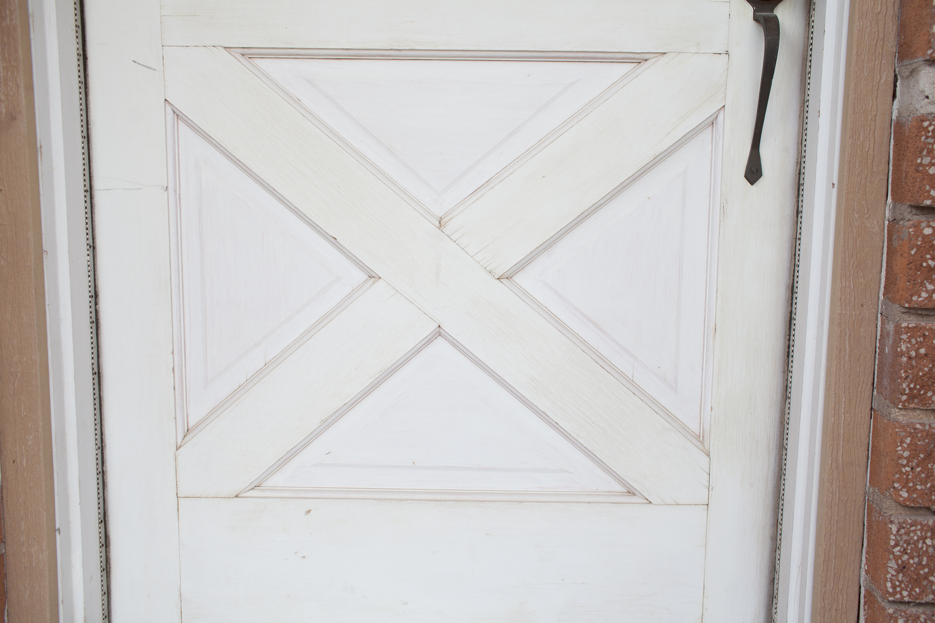 So learning how to refinish a front door is smart if youu0027re looking for a quick and affordable home makeover. & How to Refinish a Front Door the Right Way