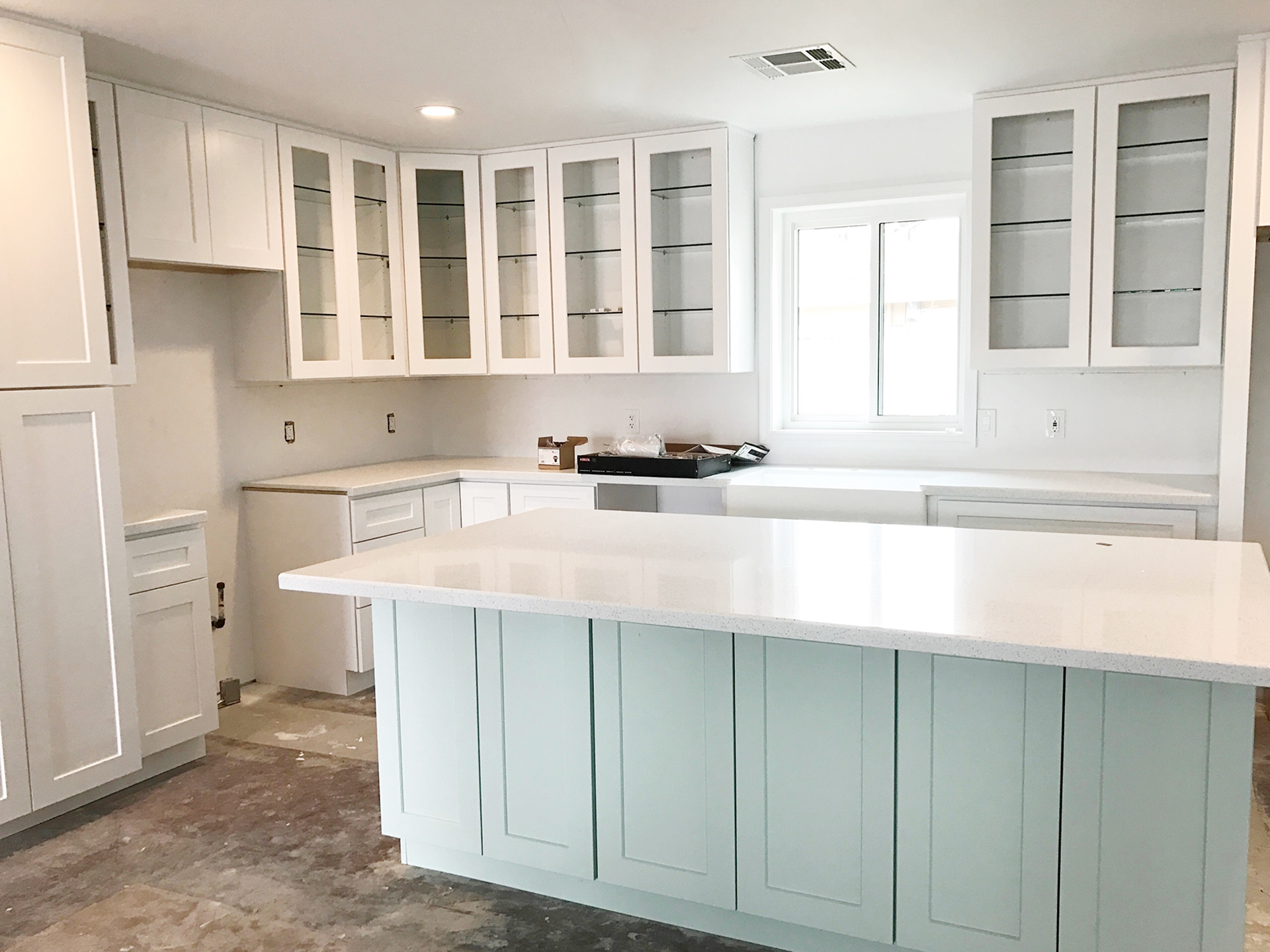 cement quartz eco worktops adorable marble reclaimed lowe glass slabs houston vanity white lowes size colors recycled kitchen tops countertop granite full bathroom countertops price tampa brooklyn crushed s of