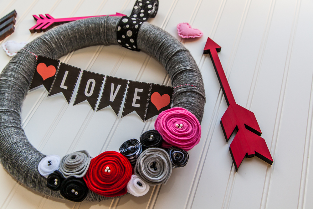 DIY Valentine's Day Wreath Project With Banner