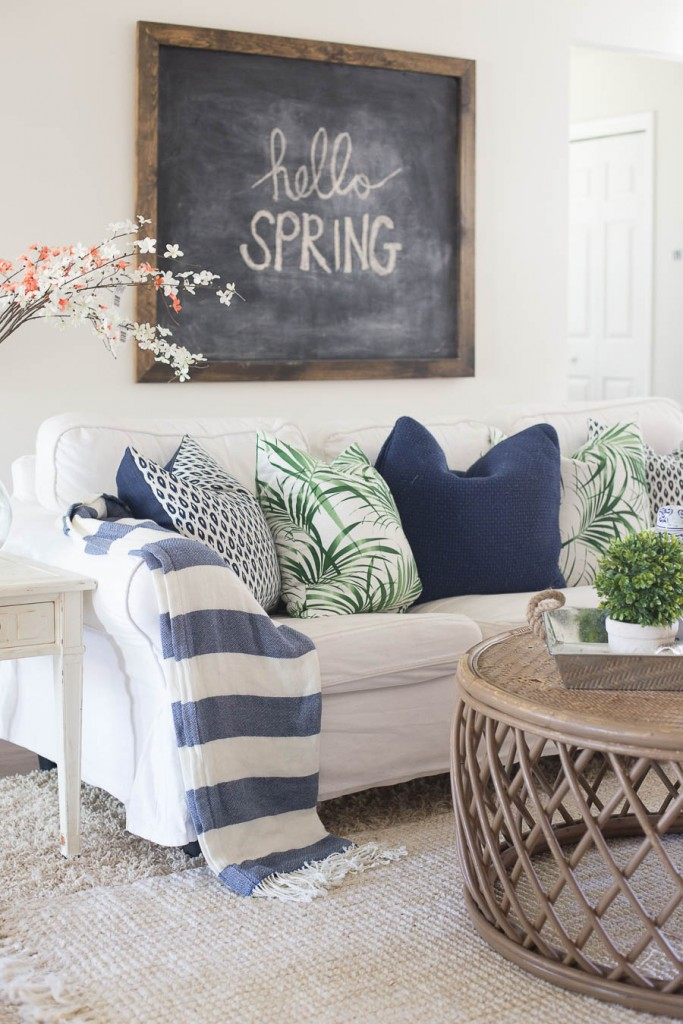 Spring Decorating Ideas: Add a Spring Message to a Chalkboard