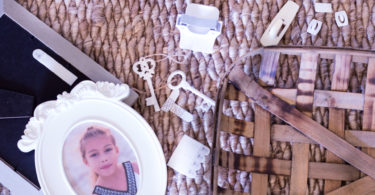 circle porcelain frame little girl picture floor basket