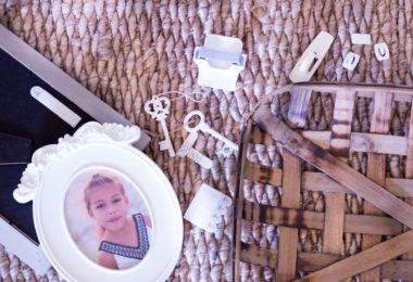 circle porcelain frame little girl picture floor basket