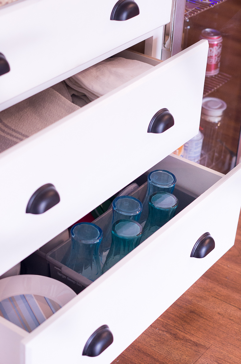 6 Creative Storage Solutions For A Kitchen With No Upper