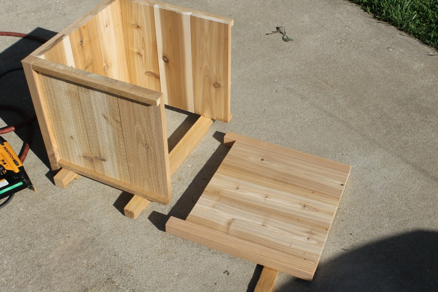 How to Build a Sy DIY Planter Box - Life Storage Blog Wooden Planters Hampshire on wooden arbors, wooden bells, wooden toys, wooden chairs, wooden bookends, wooden plates, wooden plows, wooden bird houses, wooden benches, wooden pavers, wooden pedestals, wooden troughs, wooden garden, wooden trellis, wooden decking, wooden rakes, wooden bollards, wooden bird feeders, wooden greenhouses, wooden home,