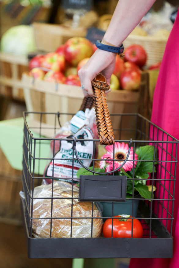 To Achieve This Style, Simply Re Attach One Belt To The Basket By Looping  It Through The Shorter Sides Of The Basket.
