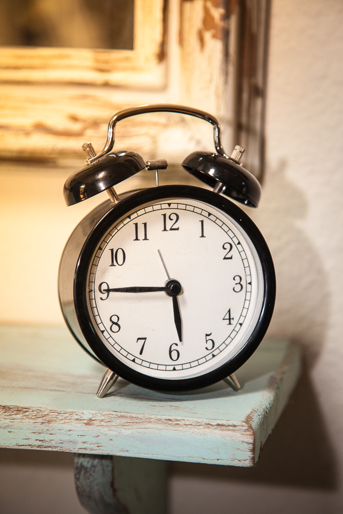 wake up early to organize your life