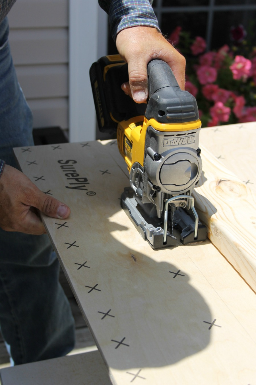 cutting shiplap boards with table saw diy accent wall