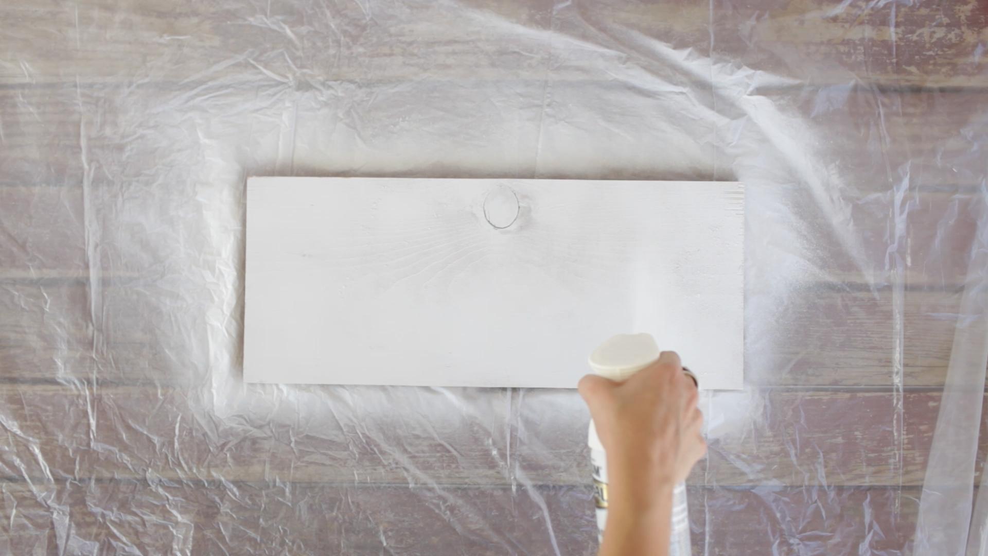 white spray paint wood board diy shelf faux marble
