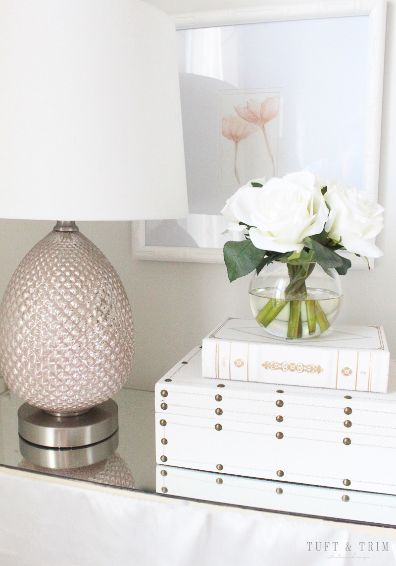 How To Decorate A Master Bedroom   Glam Up Your Nightstand Good Looking