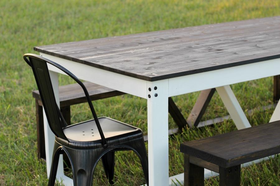 diy farmhouse table finished