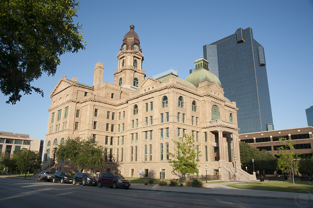 moving to fort worth - business downtown economy jobs