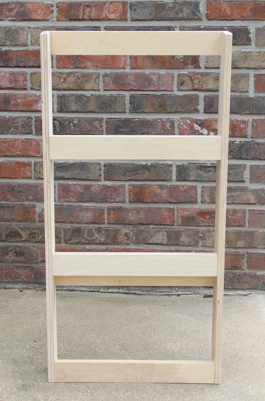 tutorial - simple diy bookshelf, diy bookcase, diy bookshelf, diy bookshelf ideas, wood bookshelf diy