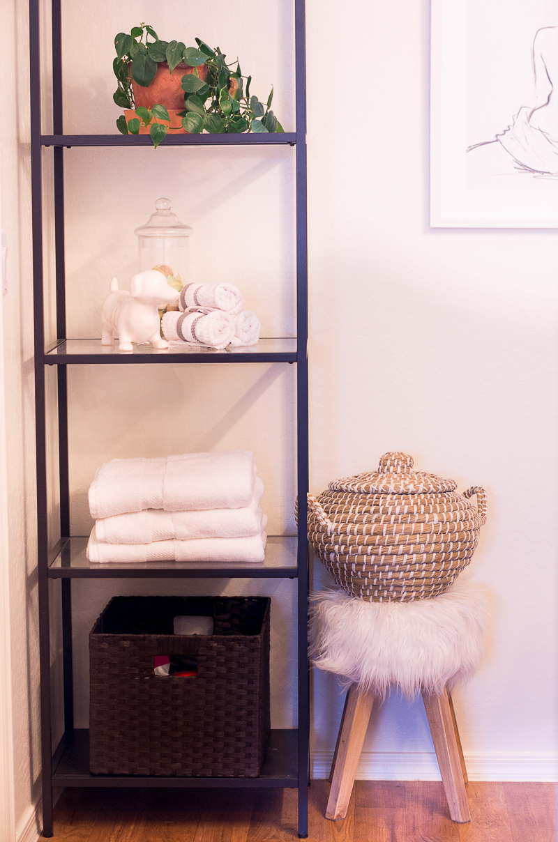 Bathroom Organization Ideas: shelving in the bathroom