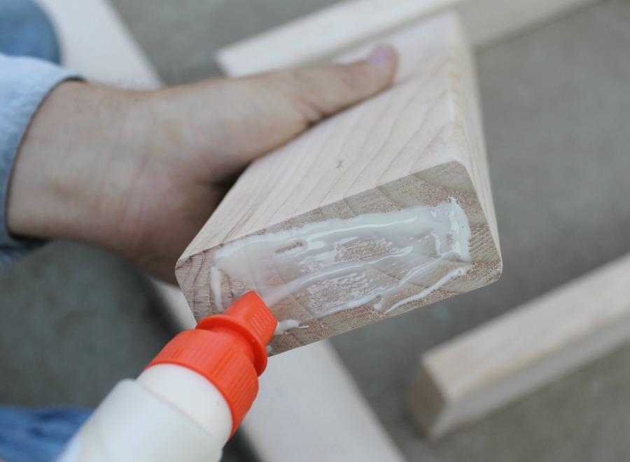 DIY ladder tutorial - use wood glue to attach ladder rungs
