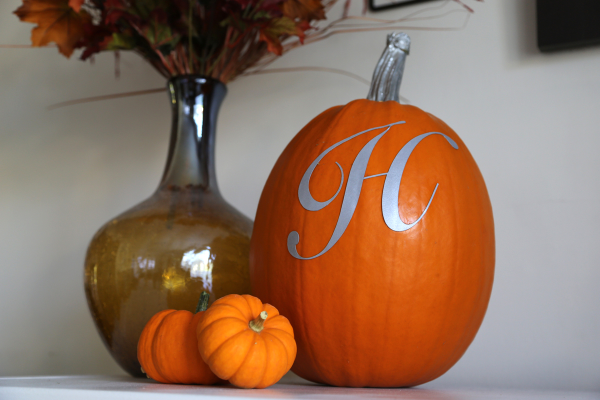 Decorating with pumpkins for fall - ideas