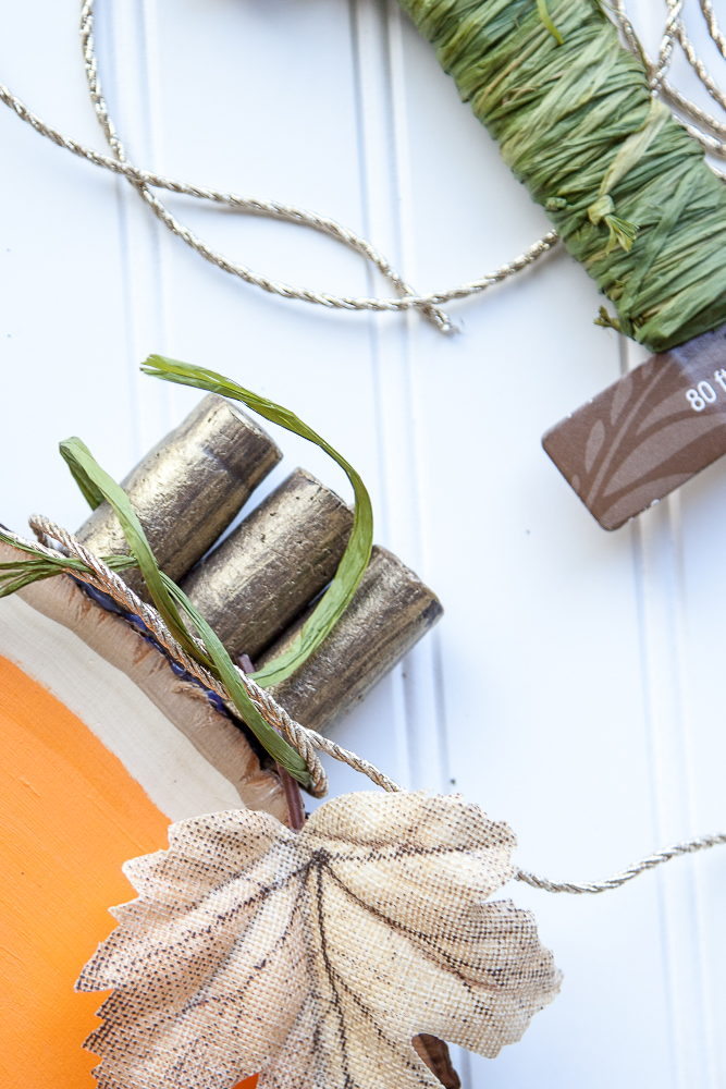 Outdoor Fall Decorating Ideas - green twine diy