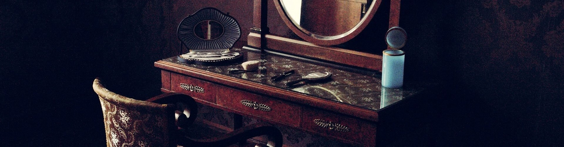 How to find antique furniture values