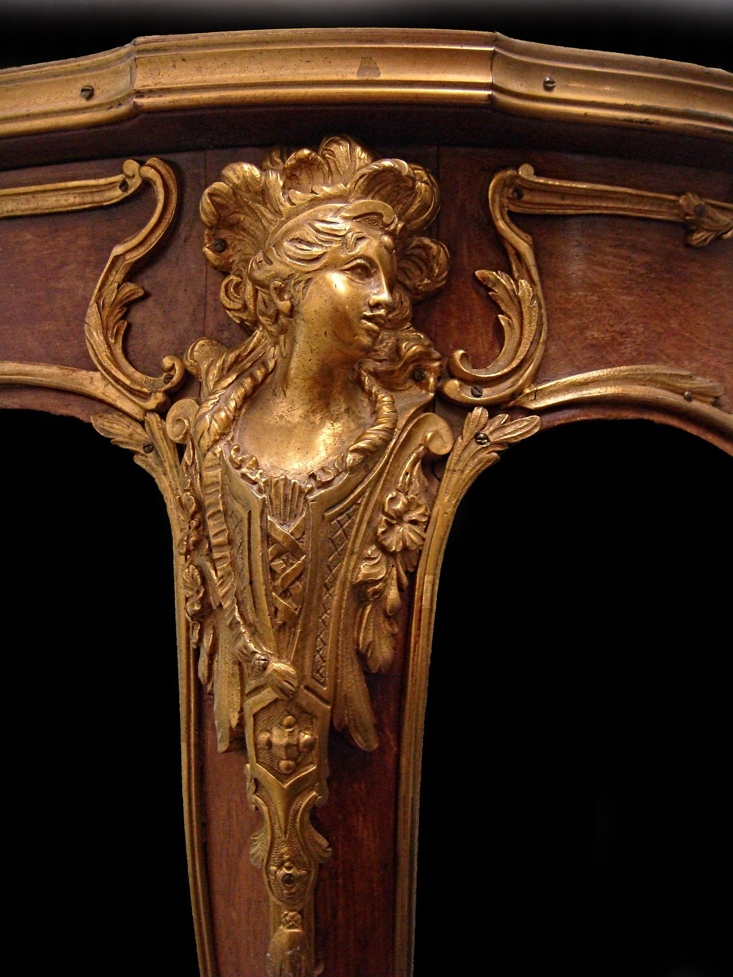 Looking up antique furniture value - What's It Worth? Find The Value Of Your Inherited Furniture