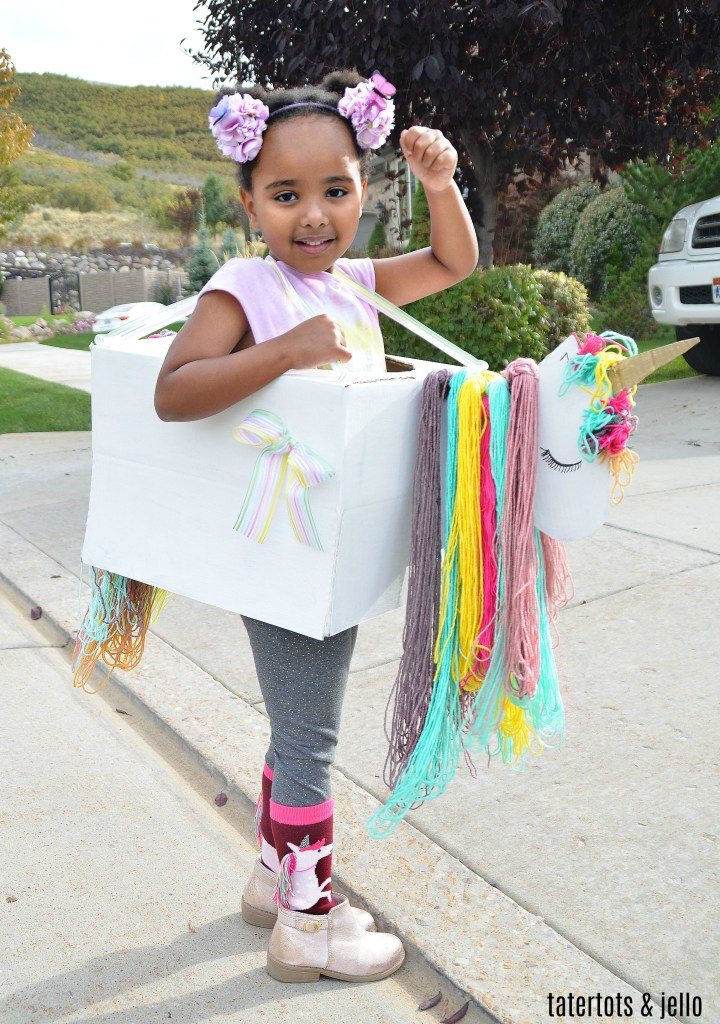 Cardboard box costume unicorn Halloween